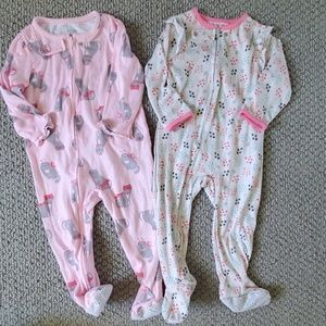 18 months onesies- lot of 2